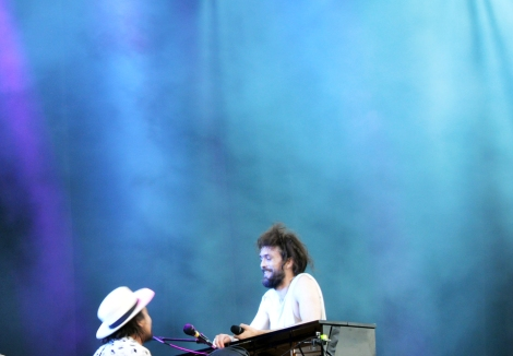 Edward Sharpe & The Magnetic Zeros  @ Osheaga 2_edited-1
